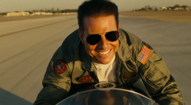 Tom Cruise sorprese Comic-Con con 'Top Gun' sequel trailer