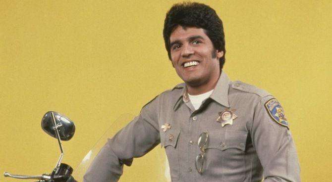 Erik Estrada, eroe della serie ChiPs, è diventato un vero poliziotto