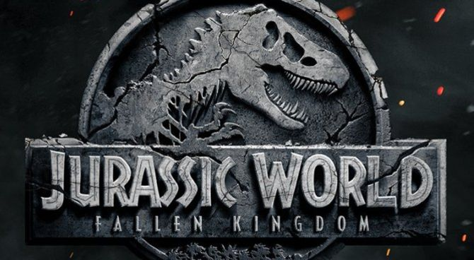 Jurassic World: il nuovo film si chiamerà Fallen Kingdom