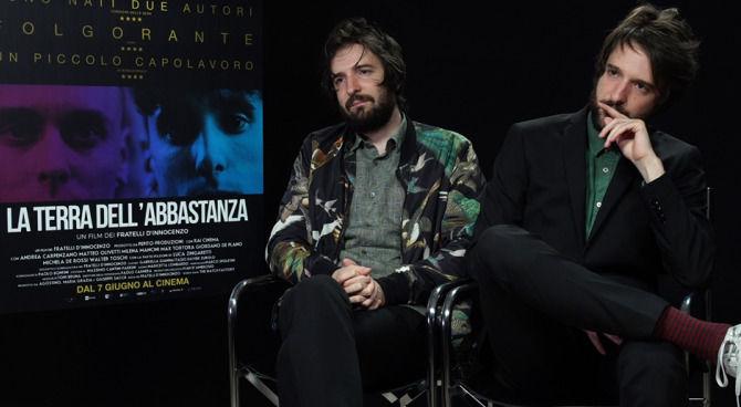 EXCL - La Terra Dell'Abbastanza: Max Tortora parla del film dei fratelli D'Innocenzo